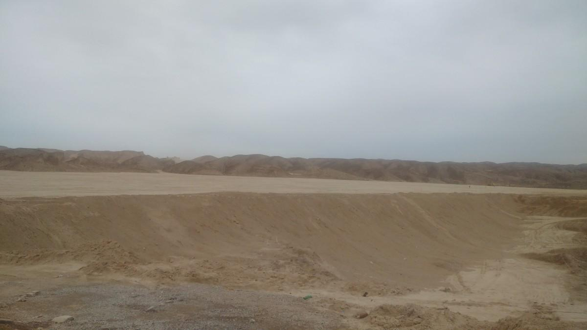 Manufacturing flat land for development. (Photo by the author)